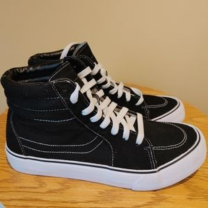 Fashion high top canvas sneakers for men size 8 black